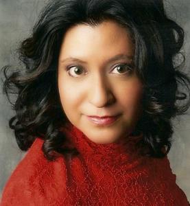 Leticia Gomez - Savvy Literary